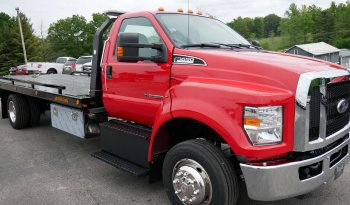 2022  Ford F650